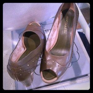 Aerosoles peep toes heels NWOT